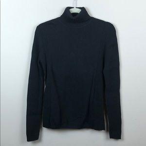 Leo & Nicole turtleneck sweater